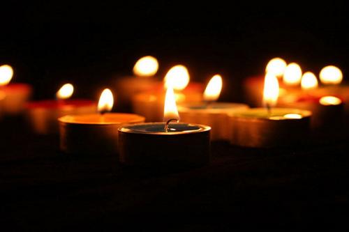 Xem tuổi người chết có phạm ngày trùng tang hay không?